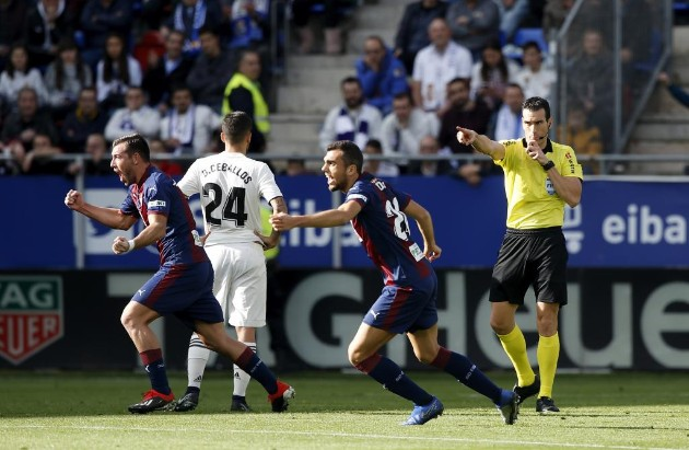 2018-11-24-Eibar-Real-Madrid.jpg