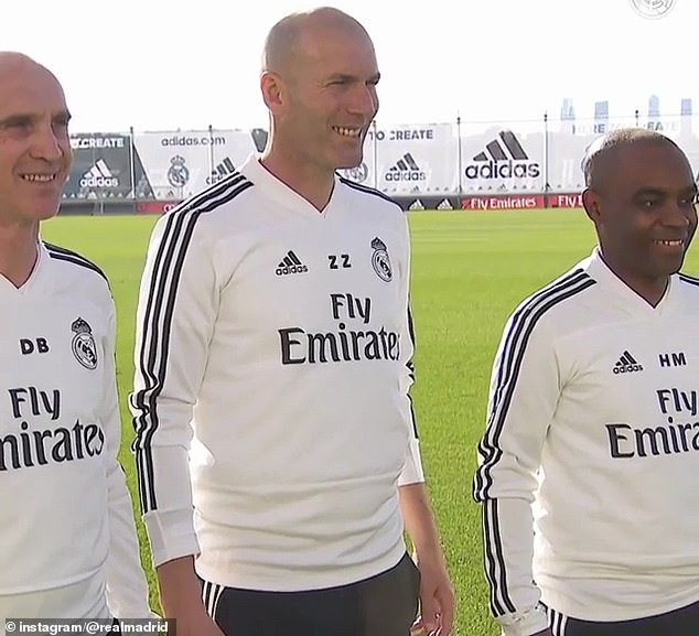 2019-03-13-Zinedine_Zidane_centre_David_Bettoni_left_and_Hamidou_Msaidie.jpg