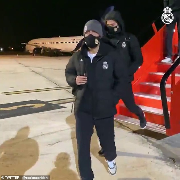 2021-01-09-Arrival-in-Pamplona.jpg Real-Madrid First Team